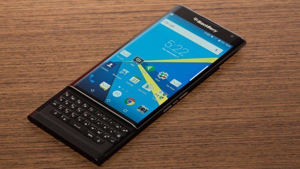BlackBerry Priv s fyzickou klávesnicí