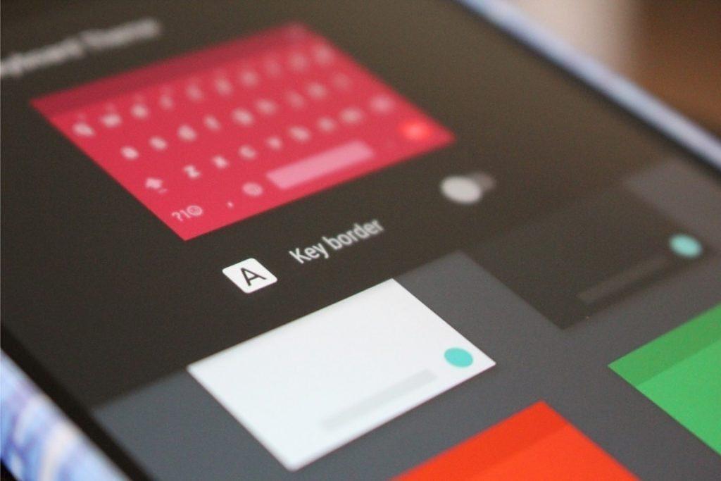 Android 7.0 Nougat přinese možnost změny vzhledu klávesnice