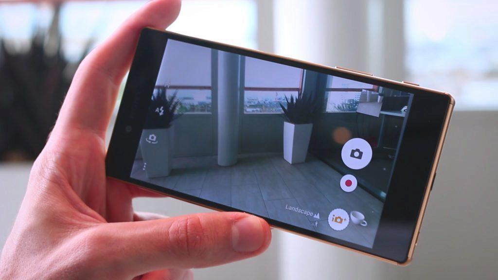 Mobily mají v roli foťáku své výhody