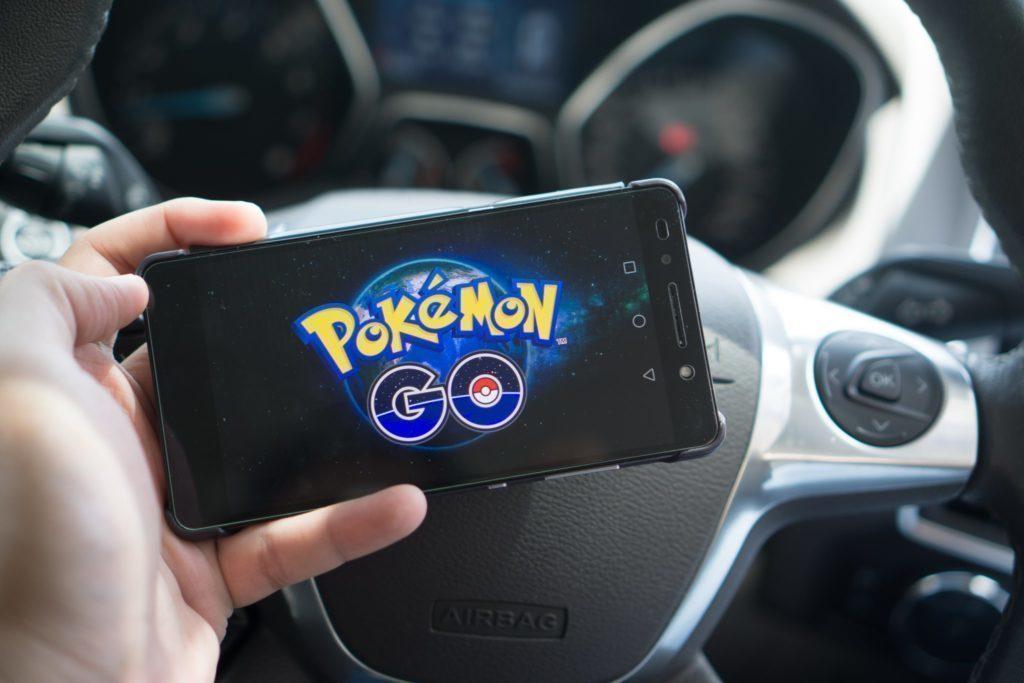 Pokemon go zakazane prakticky - auto