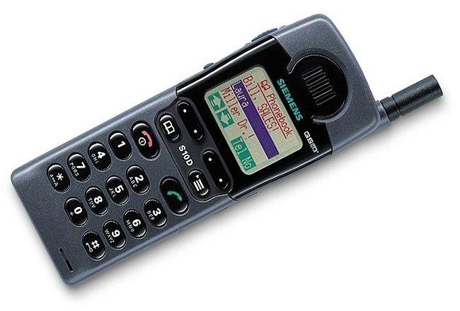 prvni telefon s barevnym displejem - Siemens S10