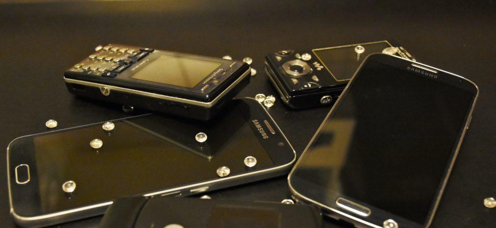 Co s vysloužilým telefonem děláte vy?