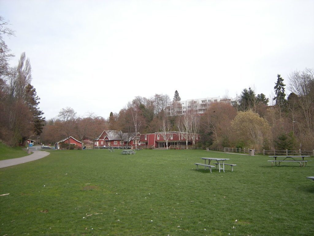 Pobřežní park (Author: Joe Mabel)