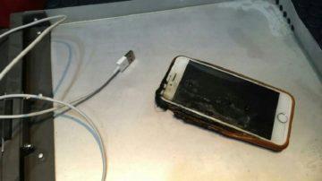 iPhone exploze v letadle