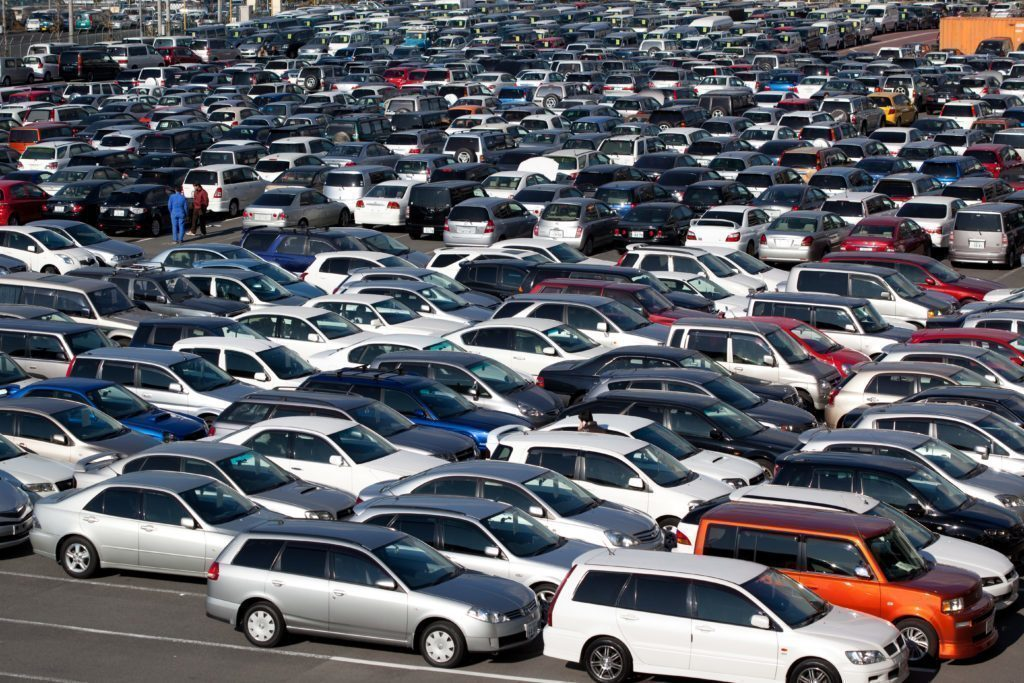 Najít místo k zaparkování bývá někdy problém