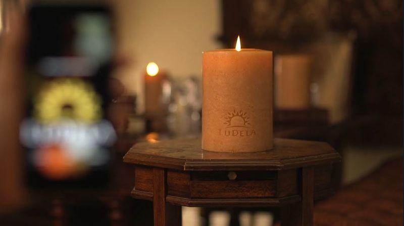 LuDela: chytrá svíčka ovládaná z telefonu