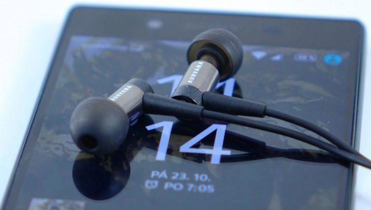 Sony-Xperia-Z5-audio-sluchátka
