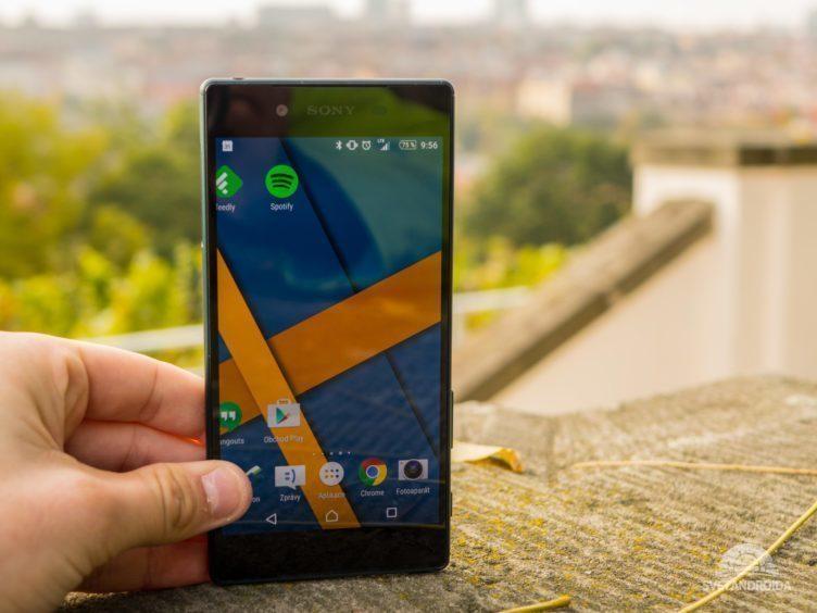 Sony Xperia Z5 - displej, čitelnost na slunci