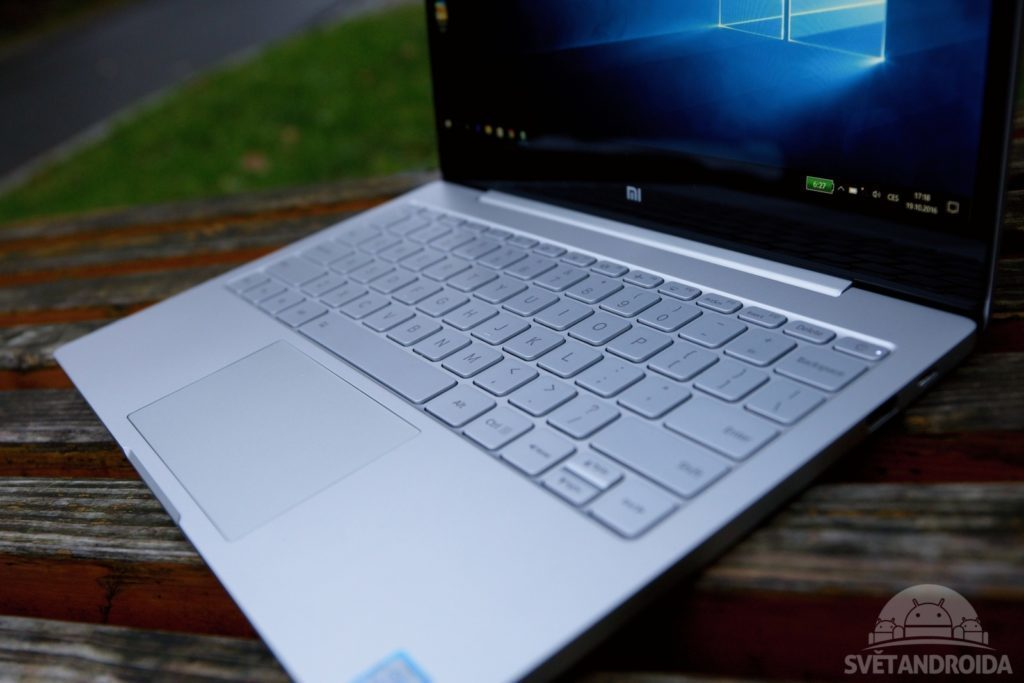 xiaomi-mi-notebook-air-125-klavesnice-2