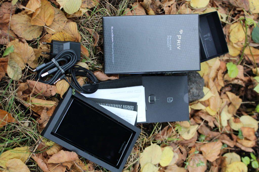 BlackBerry Priv: obsah balení