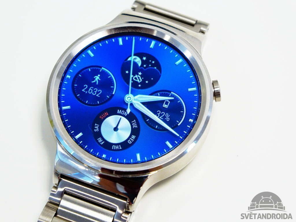 Huawei Watch – displej zblízka