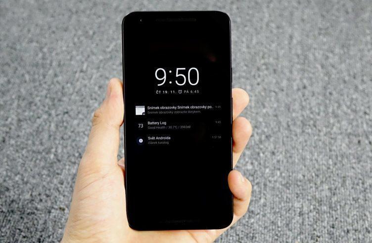 Nexus 5X - aktivní notifikace