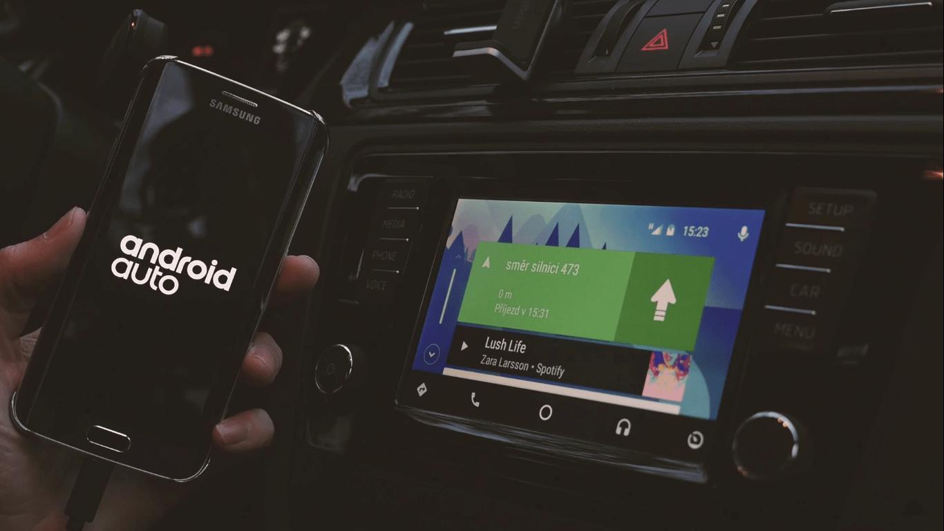 Plnohodnotné android auto
