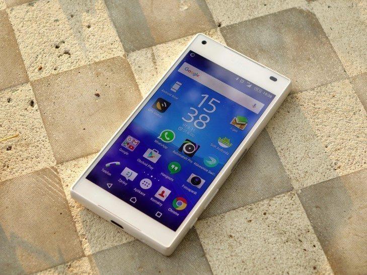 Sony Xperia Z5 Compact - celková konstrukce