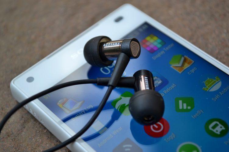 Sony Xperia Z5 Compact - sluchátka
