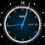Motorola Moto 360 (2015) – systém Android Wear, ciferník