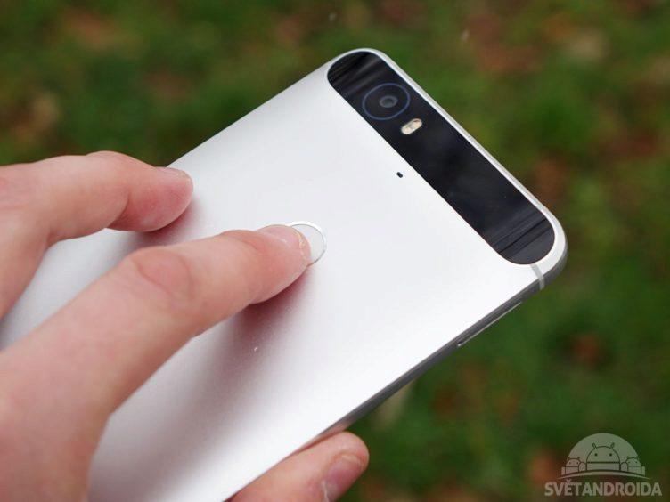 Nexus 6P - čtečka otisků prstů