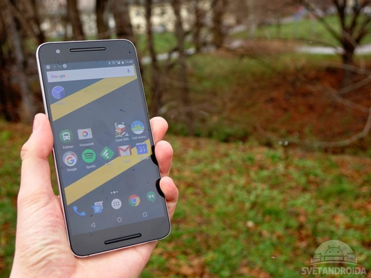 Nexus 6P - konstrukce, držení