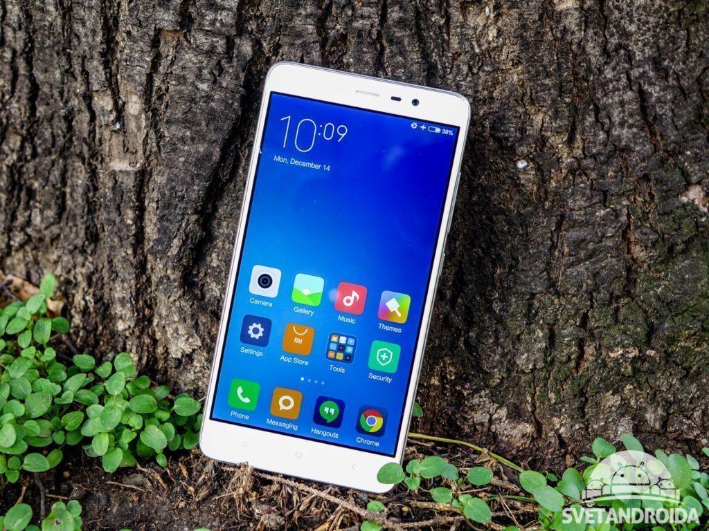 Xiaomi Redmi Note 3 - konstrukce, přední část telefonu (1)