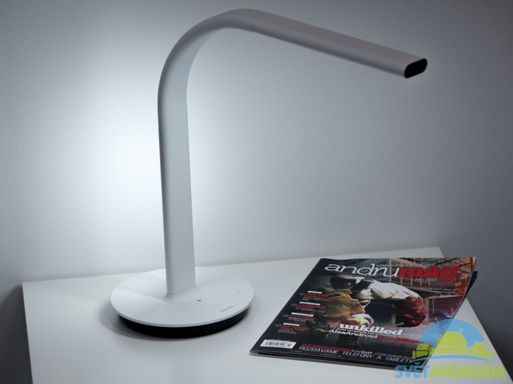 Philips-EyeCare-Smart-Desk-Lamp-2-6