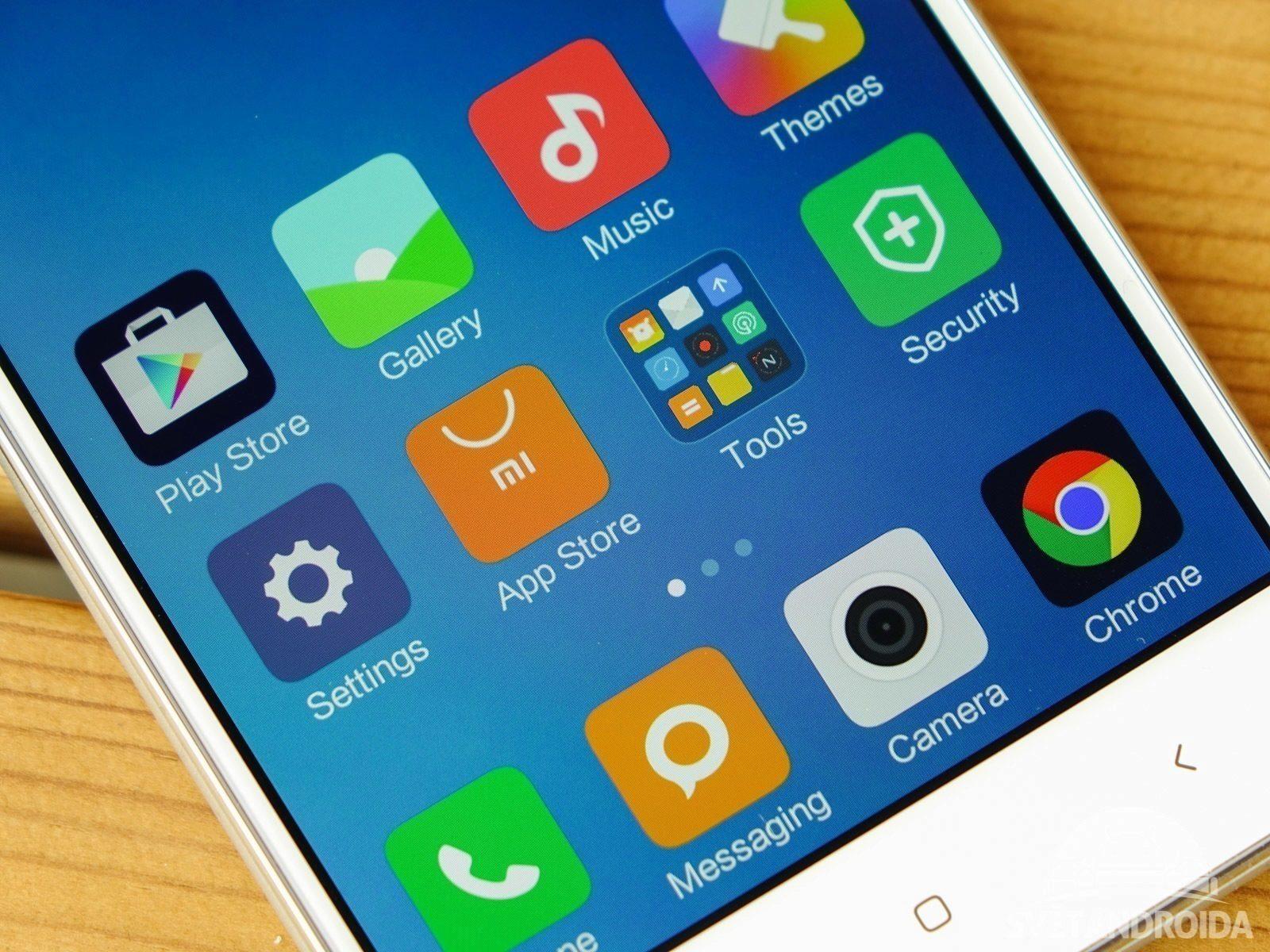 Xiaomi Redmi 3 – displej, barvy