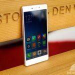 Xiaomi Redmi 3 – konstrukce, pohled zepředu (2)