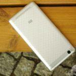 Xiaomi Redmi 3 – konstrukce, pohled zezadu (4)