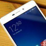 Xiaomi Redmi 3 – konstrukce, rámeček nad displejem