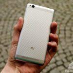 Xiaomi Redmi 3 – konstrukce, záda telefonu (4)