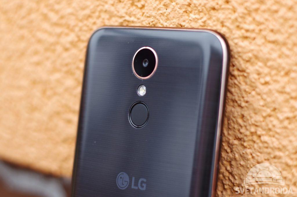 LG K10 (2017) fotoaparát