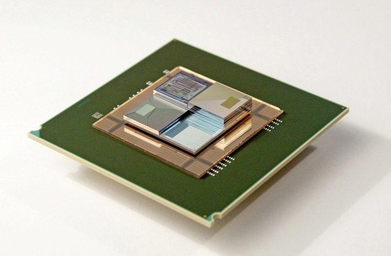 baterie-s-tekutym-elektrolytem-doda-energii-i-ochladi-procesor