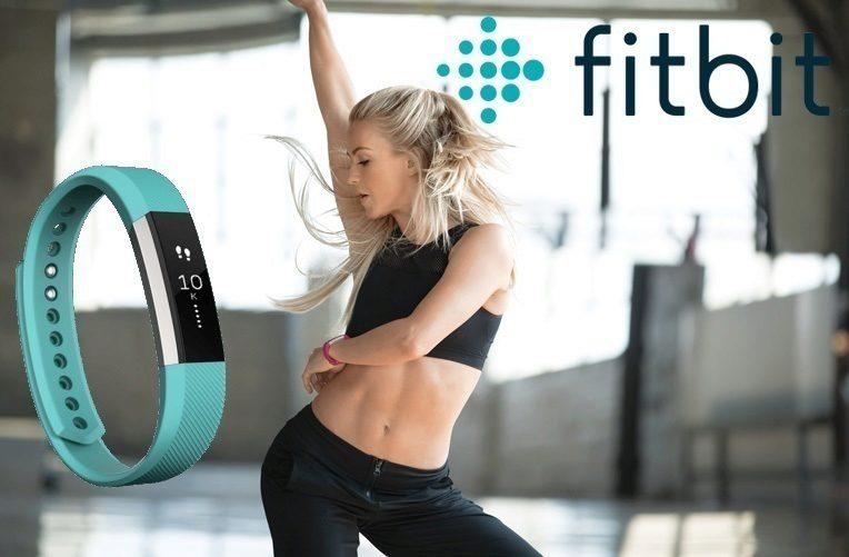 fitbit-alta-hr-fitness-naramek-ktery-zmeri-srdecni-tep-a-sleduje-spanek