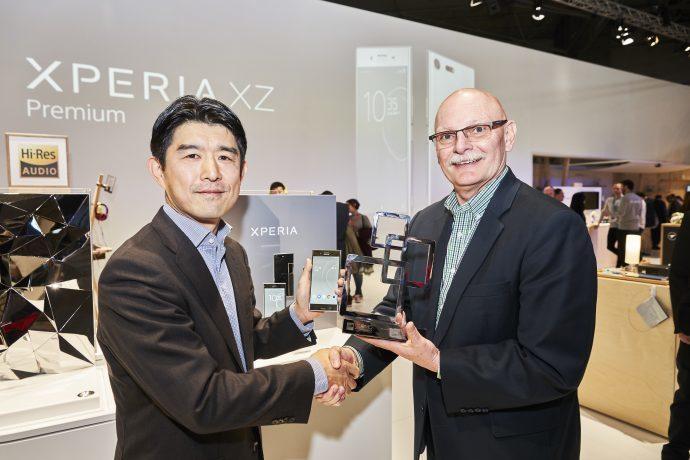 Nejlepším novým smartphonem MWC je Sony Xperia XZ Premium
