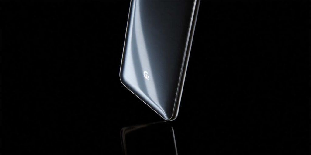 Skleněnou zadní stranu LG G6 poškrábete podobně snadno, jako u jiných telefonů