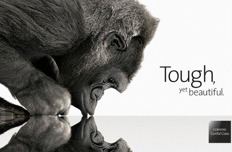 Gorilla Glass 5 řeší jen jeden problém