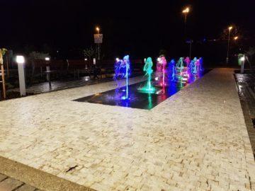 Samsung Galaxy S8 recenze fotoaparát noc vodotrysk