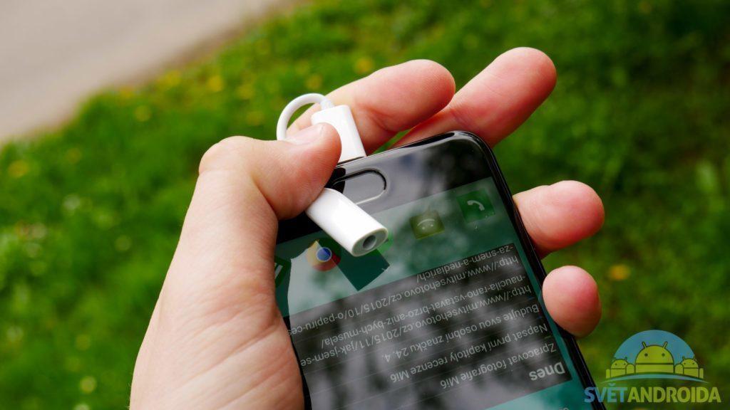 Xiaomi-Mi6-redukce na sluchátka
