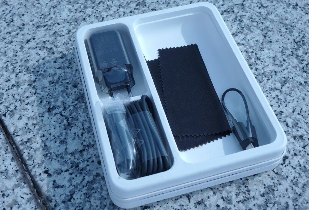 HTC U11 baleni