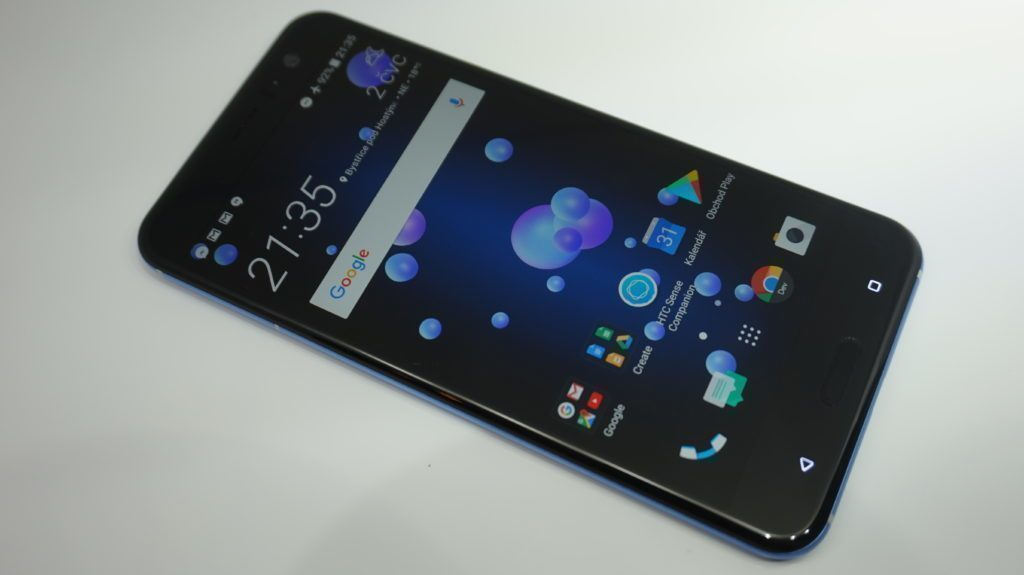 HTC U11 displej