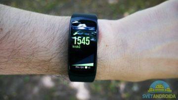 Samsung Gear Fit 2 – displej, aplikace 5