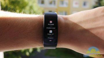 Samsung Gear Fit 2 – displej, notifikace -1
