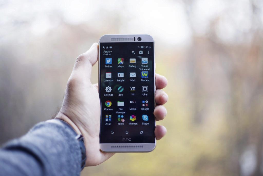 HTC má nadstavbu Sense
