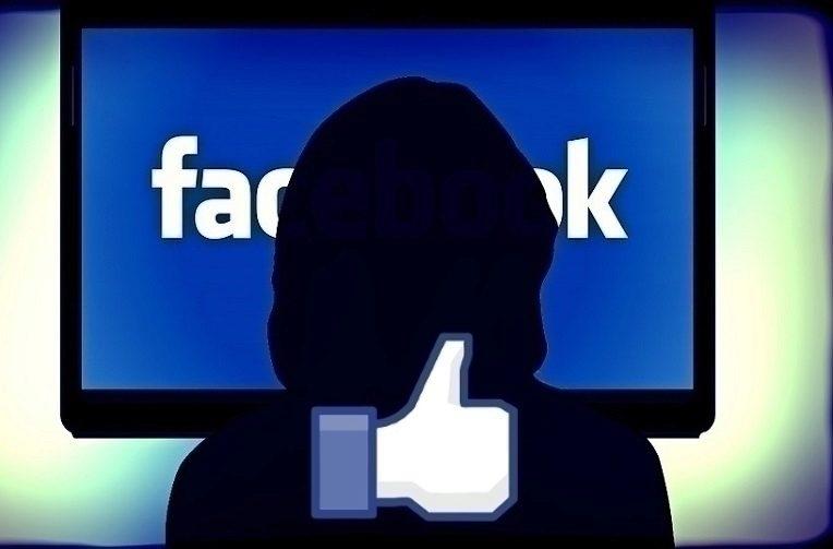 Facebook blokuje reklamu a veškerou placenou inzerci pochybných stránek.