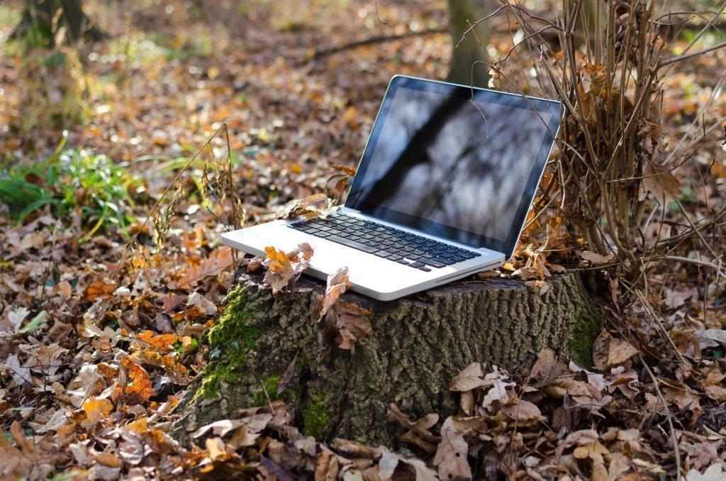 Přes Wi-Fi hotspot můžete sdílet připojení k Internetu s notebookem