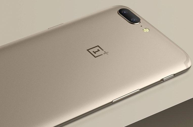 telefon OnePlus 5 zlaty