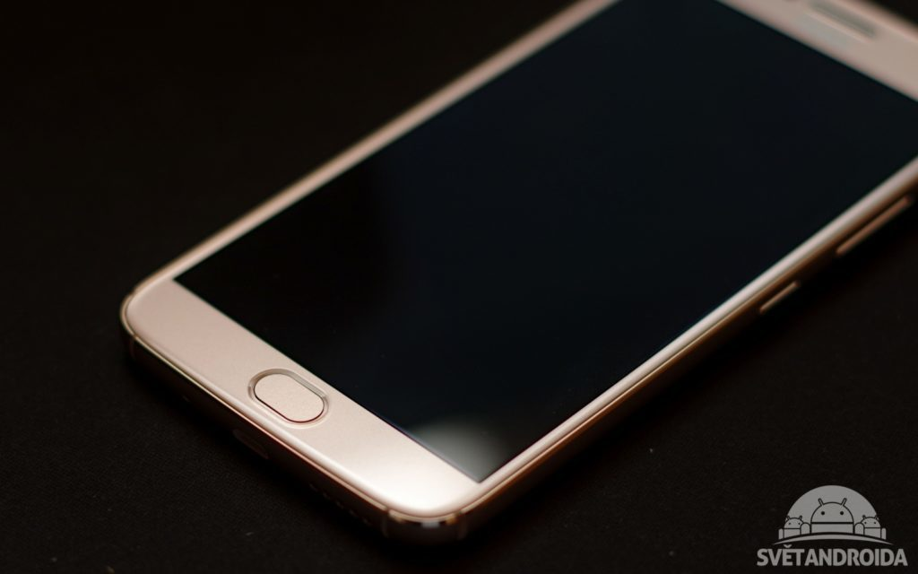 Motorola Moto G5S Plus čtečka otisků
