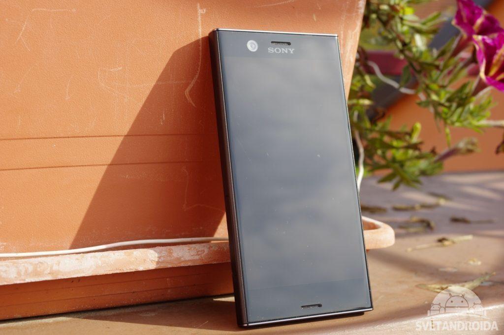 Sony Xperia XZ1 Compact přední pohled