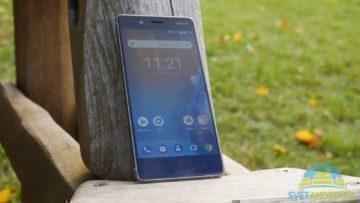 Telefon Nokia 8-konstrukce-predni strana-2