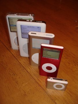 Pět generací přehrávačů iPod
