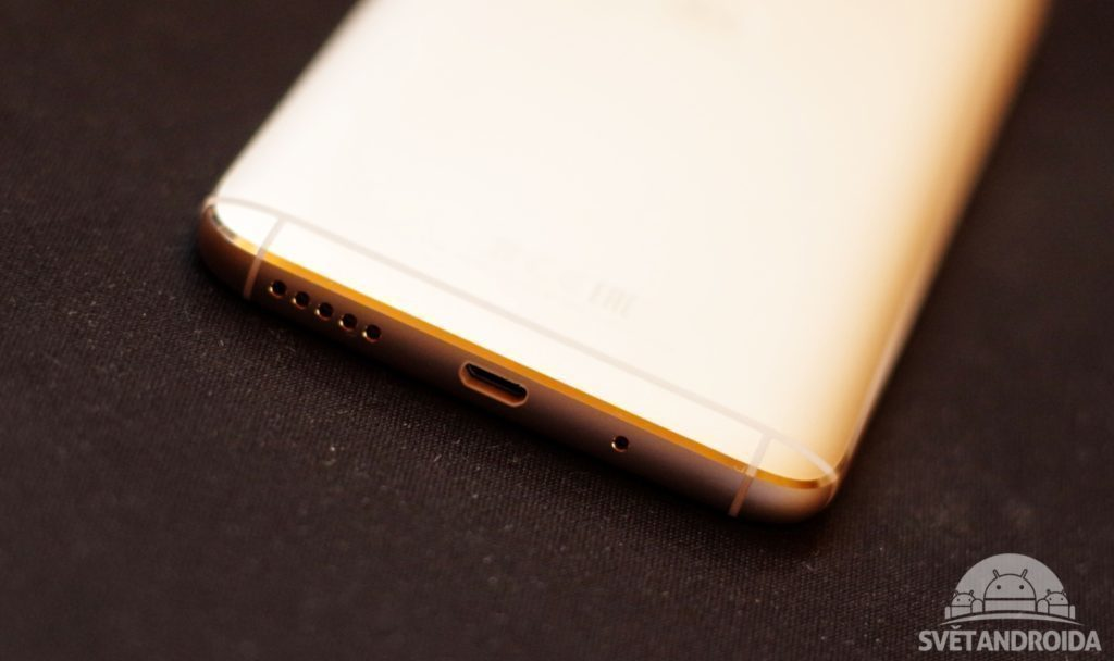 Motorola Moto G5S Plus microUSB